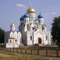 Николо-Угрешский монастырь :: Маргарита Сазонкина