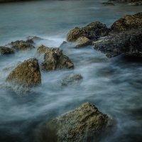 Скалистый берег :: Александр Фокин