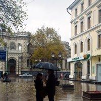 В Москве на день независимости шёл дождь... :: Валерий Рыкунов