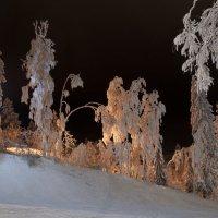 """Зима, Вечер на горнолыжном курорте """"Золотая Долина"""" :: Андрей Тульчинский"""