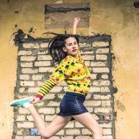 Мода спешит на помощь :: Ксения Капустина