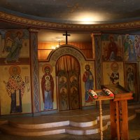 в храме святой царицы Тамары :: валерий