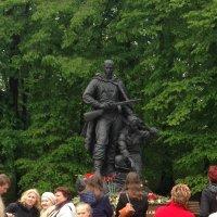 Памятник воинам :: Ольга Тюпа