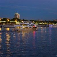 Вечерняя Набережная Москвы :: Mitya Galiano