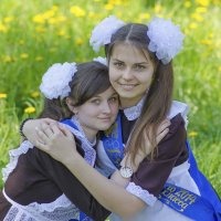 Алина и Кристина,выпускной :: Алексей -