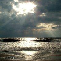 Улыбка черного моря :: Alexander Varykhanov