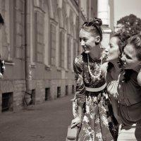 Ленинградские девчонки 70-х :: виталий рабенков