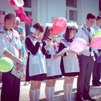 Окончен школьный роман... :: Дмитрий Тарарин