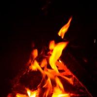 первая попытка сфотографировать огонь :: Юлия Нуркаева