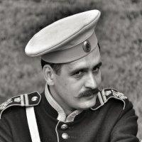*** :: Виктор Позняков