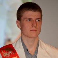 Выпускник. :: Лариса Красноперова