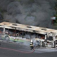 Пожар автобуса на Варшавском шоссе (6) :: Николай Ефремов