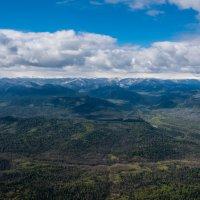 На одной высоте с облоками :: Sergey Oslopov