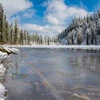А здесь ещё зима :: Sergey Oslopov