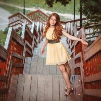 На лестнице :: Алена Шпинатова