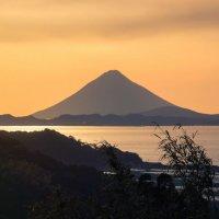 потухший вулкан :: Slava Hamamoto