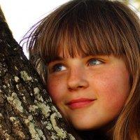 Елизавета на дереве :: Елена Мартынова