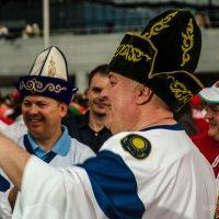 Праздничные гуляния в Минске во время чемпионата. :: Сергей Хомич