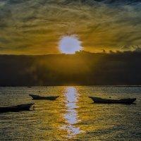 закат,лодки,океан :: Александр