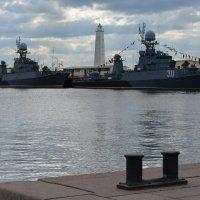 Корабли постоят и ложатся на курс... :: Ирина Михайловна