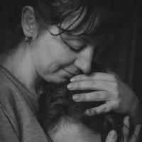 Тепло материнских рук :: Вера Шамраева
