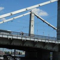 На Крымском мосту :: Мила