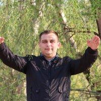 У реки :: Сергей Дрозд