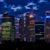 Москва-сити ночью :: Владимир Горубин