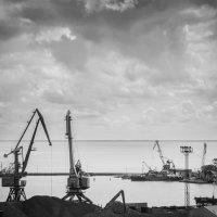 Таганргский порт :: Yuriy Puzhalin