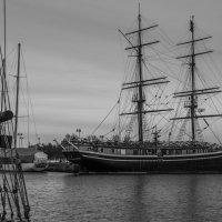 Зимняя стоянка кораблей :: Sergey Oslopov