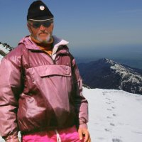 На вершине Чимгана. 3339 м. :: Алексей Golovchenko