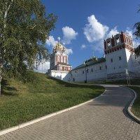 Новодевичий монастырь :: Андрей Шаронов