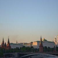Вид с моста на Красную Площадь :: Евгений Пикаревский