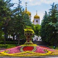 Праздничная клумба в парке Пятигорска :: Николай Николенко
