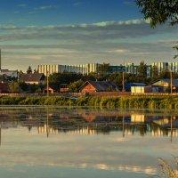 Слияние города и деревни :: Ирина Приходько