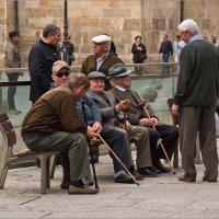 Испанские старички. г.Леон, Испания :: Lmark