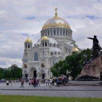 Кронштадский собор. :: Leonid Volodko