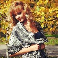 Девушка-осень :: Anastasiya Cholovskaya