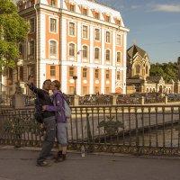 Фотосессия на мосту) :: Valerii Ivanov