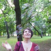 Прогулка :: Лариса Русакович