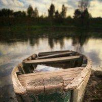 """""""Пока вы не научитесь управлять веслами, бесполезно менять лодку..."""" :: Anna Lipatova"""