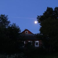 Луна в деревне :: Владимир Гилясев
