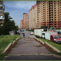Подмосковье город Дзержинский и всевозможные ступеньки города.... :: Ольга Кривых