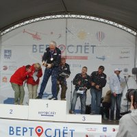 Кто не рискует, тот не льёт шампанское. :: Олег Чернов