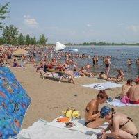 речной пляж :: Андрей ЕВСЕЕВ
