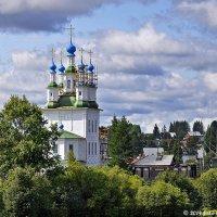 Троицкая церковь :: Надежда Лаптева