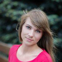 Портрет дочери :: Volodymyr Popov