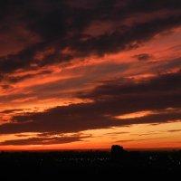 Закат. Вид из моего окна (2) :: Юрий Поляков