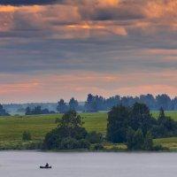 На облачной зорьке ... :: Roman Lunin