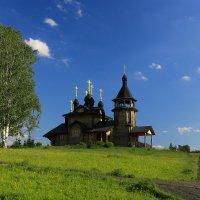 Храм на лугу :: Дмитрий Авдонин